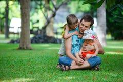 потеха семьи напольная Стоковое Изображение RF