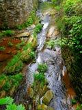 Поток в горах стоковое изображение