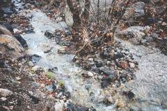 Поток в горах стоковая фотография rf