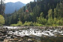 Поток горы национального парка Yosemite, Калифорния, США Стоковое Изображение