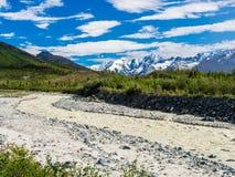 Поток ледника в ряде Аляски Стоковое Изображение
