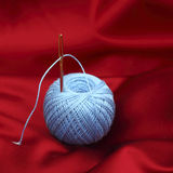 Поток на красном шелке Стоковое Фото