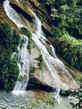 Поток на скале стоковые фото