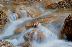 Поток утесистых гор Стоковые Фотографии RF