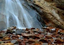 Поток утесистых гор Стоковые Фото