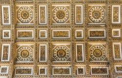 Потолок в базилике St Peter, церков в Ватикане, Риме Стоковые Фотографии RF