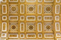 Потолок в базилике St Peter, церков в Ватикане, Риме Стоковые Изображения