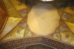 Потолок дворца Chehel Sotoun стоковые изображения