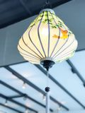 Потолочная лампа Вьетнама с листьями и птицей бамбука Стоковое Изображение