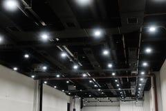 Потолочные освещения приведенные стоковое фото rf