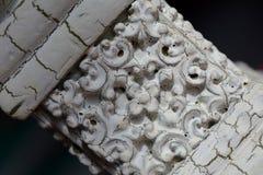 Потрескиванная древесина с Flor De Lis Картиной Стоковые Изображения RF