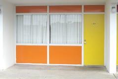 Потрёпанный мотель стоковое фото rf