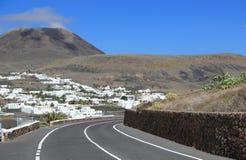 """Потухшая корона держателя """"вулкана». Лансароте, Канарские острова. стоковые фото"""