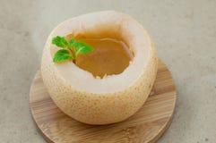 Потушенная груша с сахаром стоковая фотография rf