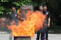 Потушите огонь стоковое изображение rf