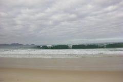 Похмелье на пляже Copacabana в Рио-де-Жанейро Стоковое Фото
