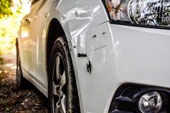 Поцарапанный автомобиль стоковые изображения rf