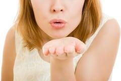 поцелуй девушки воздуха посылает стоковая фотография