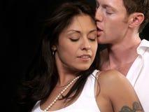 поцелуй пар Стоковые Фотографии RF