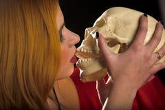 поцелуй смерти стоковое фото rf