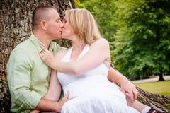 Поцелуй влюбленности Стоковое фото RF