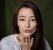 Поцелуй женщины Стоковая Фотография RF