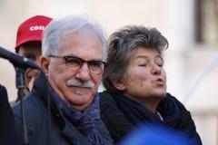 Поцелуй Raffaele Bonannni, и Сусанны Camusso Стоковое фото RF