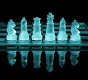 почерните ответную часть потери highlight игры конца шахмат проверки дела доски monochrome метафоры над успехом стратегии принима Стоковые Фото