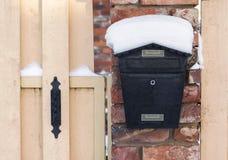 Почтовый ящик на зиме Стоковое Изображение