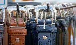 Поясы мужская одежда кожаные Стоковые Изображения