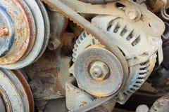 пояс генератора и старого генератора автомобиля Стоковое фото RF