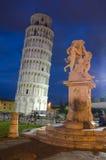 Полагаясь башня, Пиза, Италия стоковое изображение