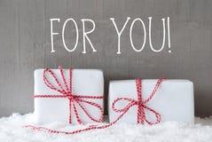 2 подарка с снегом, текстом для вас Стоковые Фото