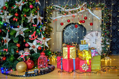 Подарки рождества ель Стоковые Изображения RF