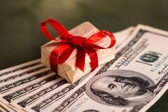 Подарок денег Стоковое Изображение RF