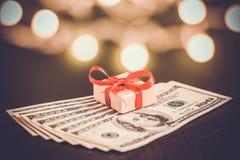Подарок денег Стоковое Изображение