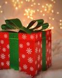 Подарок на рождество и свет Стоковые Изображения