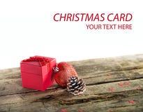 Подарок на рождество на деревянной предпосылке Стоковое Изображение RF