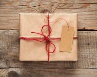 Подарочная коробка с концом-вверх бирки Стоковая Фотография