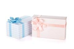 2 подарочной коробки с лентой и смычком Стоковое Изображение RF