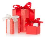 3 подарочной коробки украшенной с лентой и смычком Стоковые Изображения