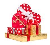 Подарочные коробки сердца на белой предпосылке Стоковое фото RF