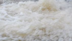 Подачи водопада большие видеоматериал