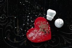 Подбадривающий вверх по влюбленности с солью и перцем Стоковые Изображения
