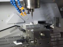 Подвергая механической обработке часть точности Стоковые Фотографии RF