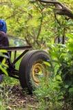 Подвергните автошину механической обработке в деревне, Думьяте, Египте стоковые фото