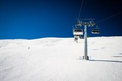 Подвесной подъемник лыжи Стоковое фото RF