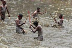 Подвижники принимать 'Ochira Kali' Стоковая Фотография RF
