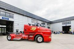 Подгонянный жемчуг Scania R999 тележки красный стоковое фото rf