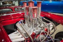 Подгонянный показанный двигатель автомобиля мышцы Стоковое Изображение RF